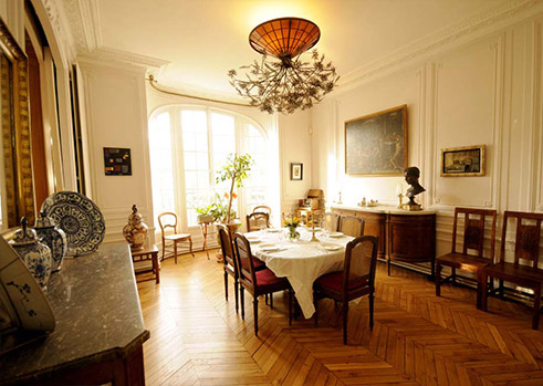 Boulevard raspail paris apartments holidays france rentals for Alternative ideas for formal dining room