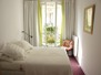 The comfortable bedroom at Montmartre.